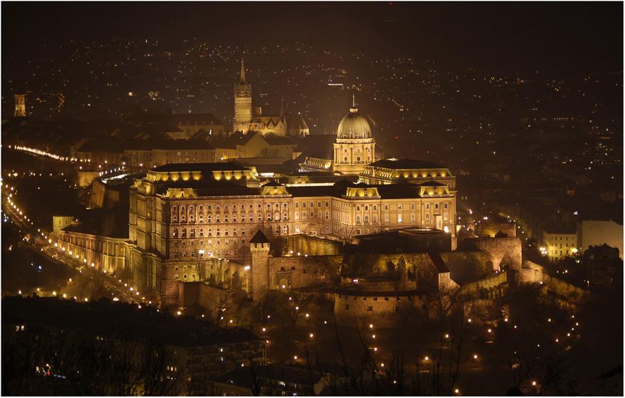 Будапешт. Будівля парламенту.