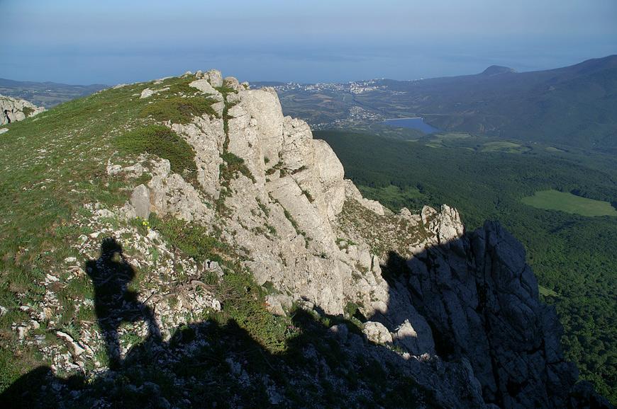 Вид з вершини Еклізі-Бурун на Чорне море.