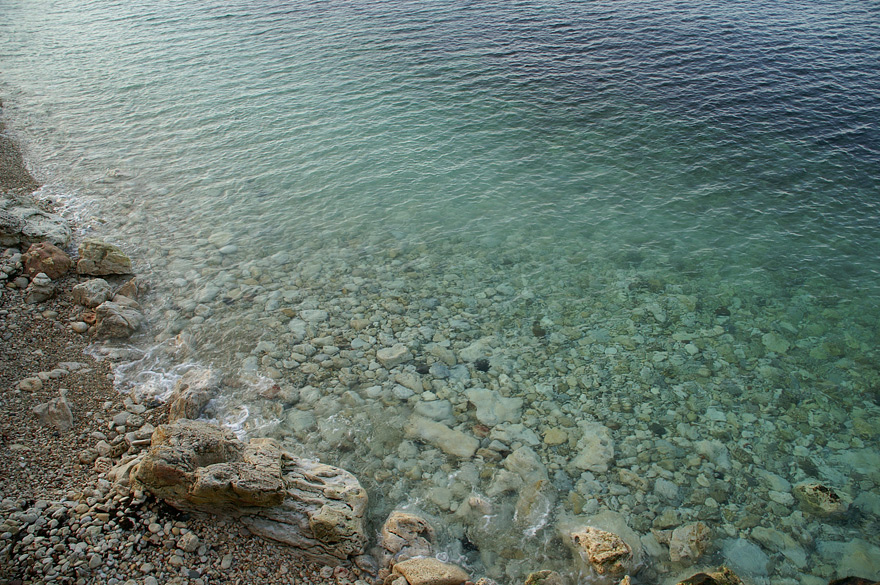 Грудень. Смарагдові води Чорного моря