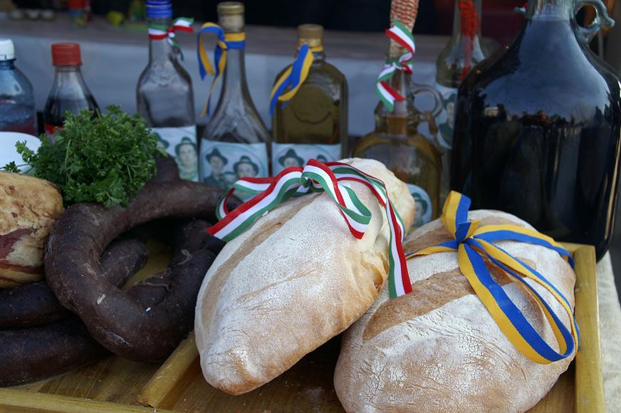 Дамашній хліб, печений в печі