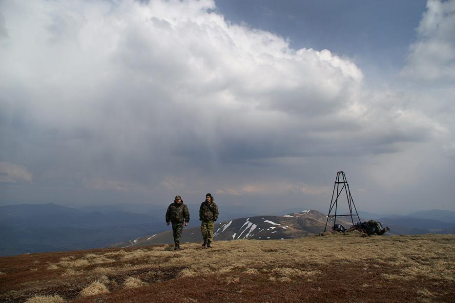На вершине горы Великий Верх - 1568 м над у.м.