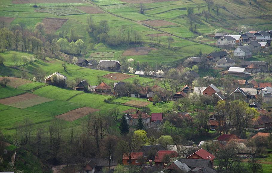 Горный поселок в Карпатах