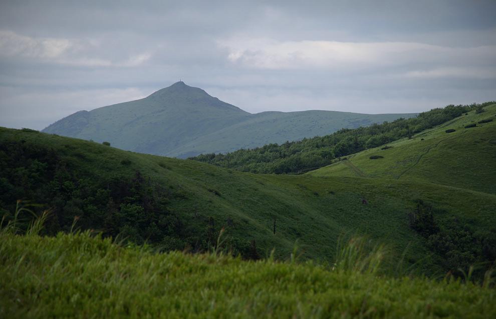 Вид на гору Пікуй - 1408 м над р.м.