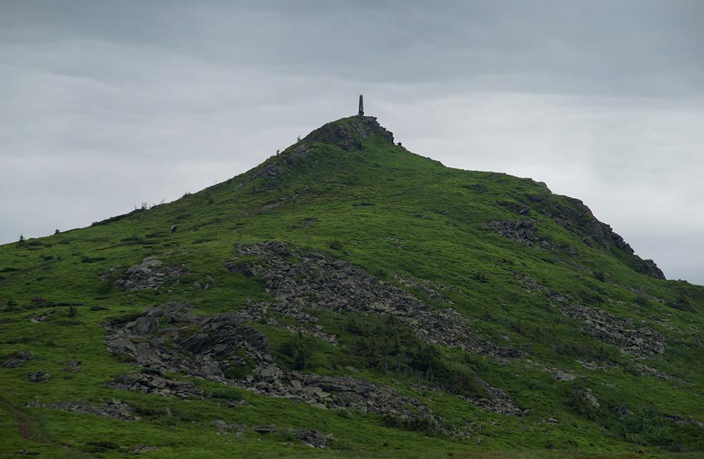 Пікуй - найвища вершина Львівської області