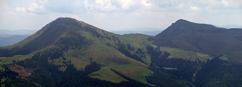 Румунські гори - Феркеу (1958 м) і Михайлек (1918 м). Вид з гори Шербан