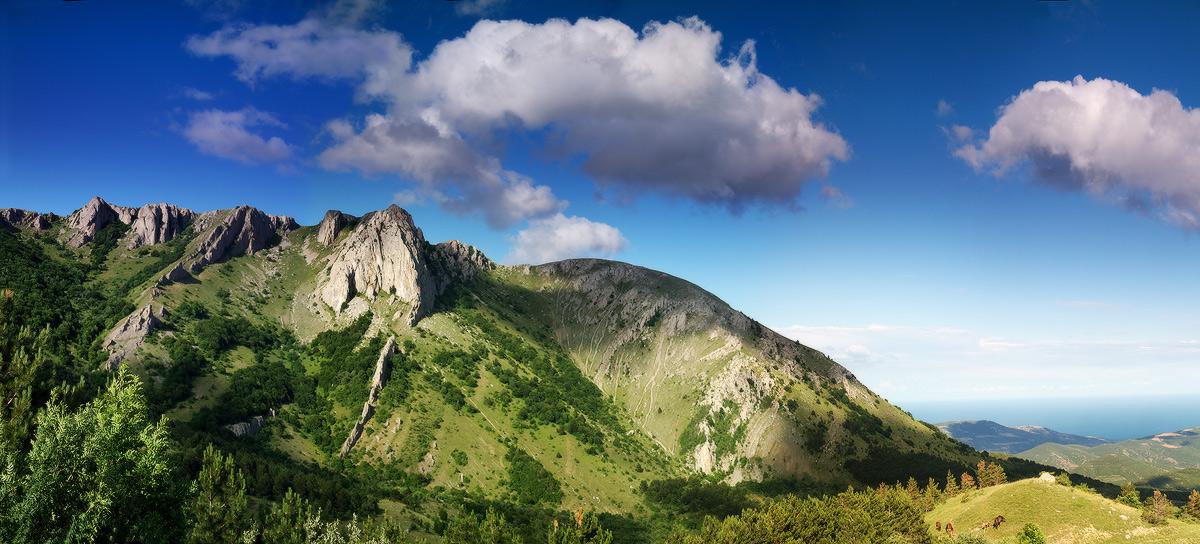 Відроги Карабі - вапняковий масив в головній гряді Кримських гір