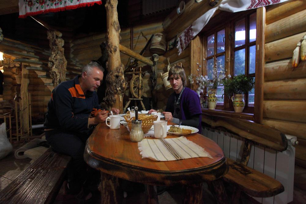 """Кафе-колиба """"У Степана"""""""
