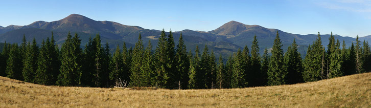 Вид на Чорногірський масив з хребта Кукул