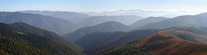 Вид на Горгани з гори Сигланський (1564 м)