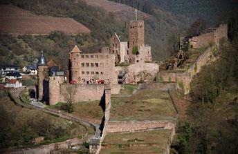 Руїни середньовічного замку Вертхейм (12 ст.)