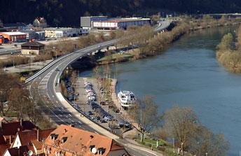 Місто Wertheim (штат Баден-Вюртемберг) розташоване в дельті річки Таубер