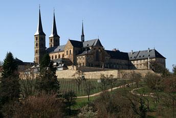 Колишній монастир монахів-бенедиктинців на горі Міхельсберг