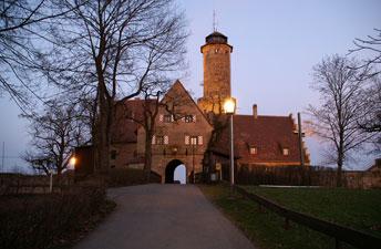 Середньовічний замок-фортеця Альтенбург (12 ст.)